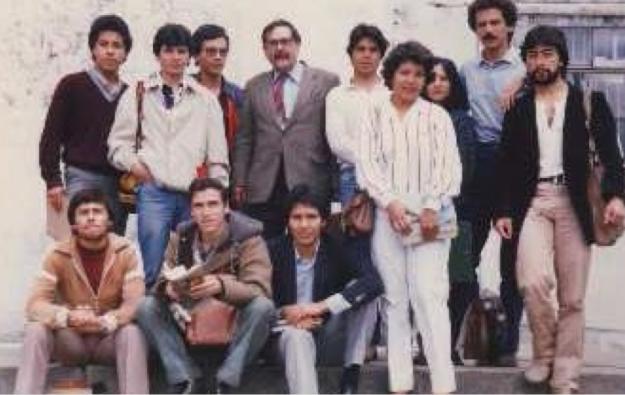 pedro a grupo ciencia politica 1983.png